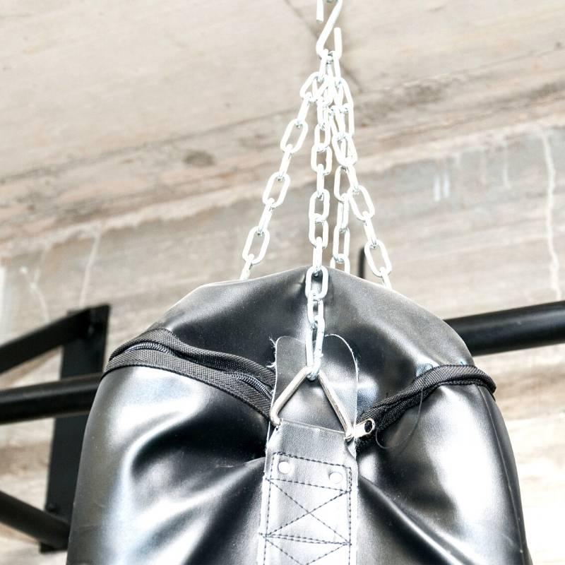 Come appendere il sacco da boxe